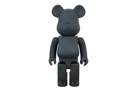 Дизайнерская фигурка Karimoku x Medicom Toy Indigo Paint 400% Bearbrick