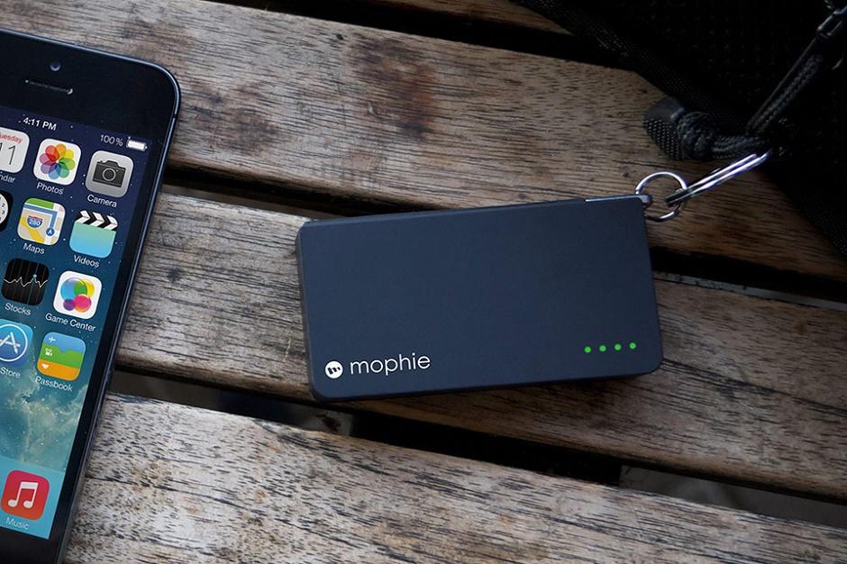 Mophie представляет компактную резервную батарею для iPhone и iPod