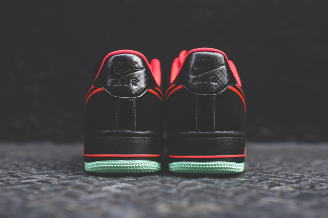 Кроссовки Nike Air Force 1 Low Laser Crimson/Arctic Green