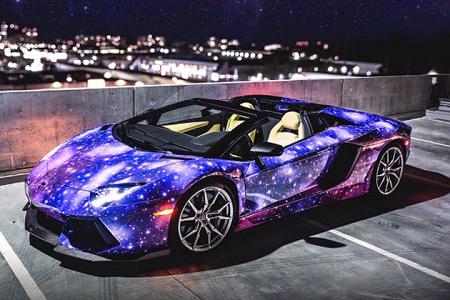 Галактическая Lamborghini Aventador LP700-4 Roadster