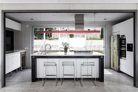 Современный частный дом Tarifa от James & Mau Arquitectura