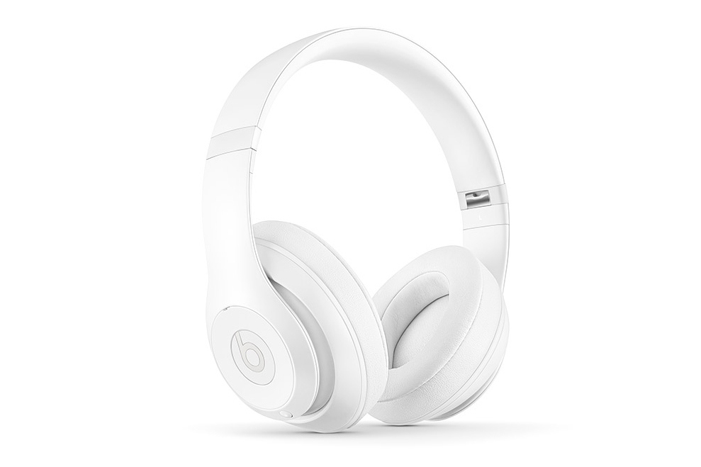 Белые матовые наушники Beats by Dr. Dre x Snarkitecture