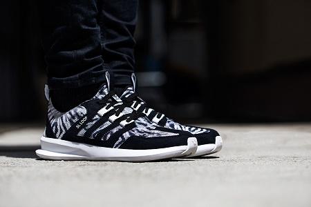 Детальные снимки кроссовок adidas Originals SL Loop Runner
