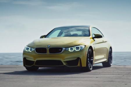 BMW устроила гонку на палубе авианосца для новой рекламы