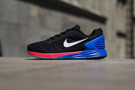 super popular 64d37 0be32 Кроссовки Nike LunarGlide 6 Black White-Hyper Cobalt-Hyper Punch