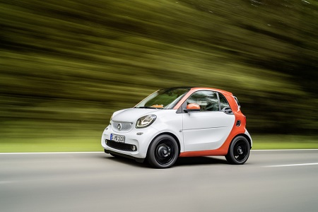 Smart провел показ новых моделей Fortwo и Forfour