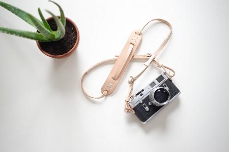 Кожаный ремень Knickerbocker MFG. Co. x Cub & Co. для фотоаппаратов