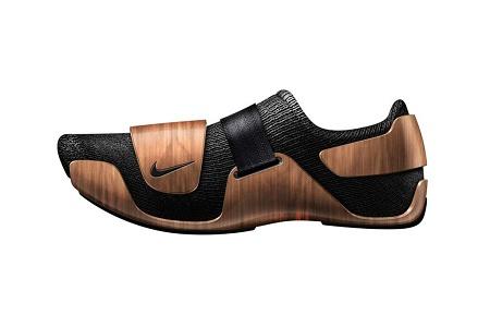 Ora-Ïto перенесли дизайн культового кресла на кроссовки Nike
