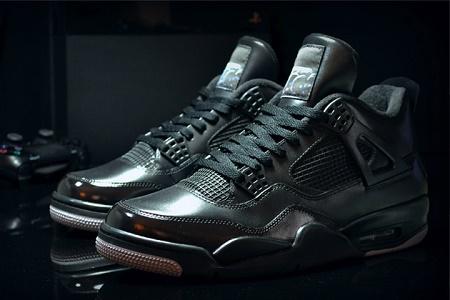 Air Jordan выпустили кроссовки вдохновленные PS 4 со встроенным портом HDMI