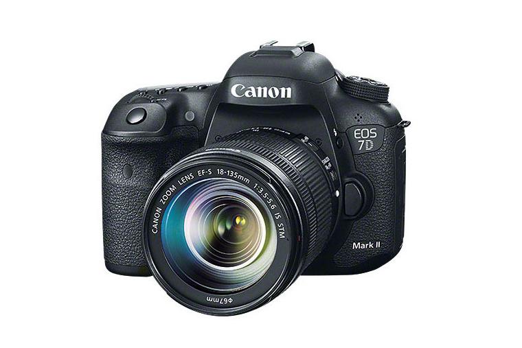 Canon представила флагманскую зеркальную камеру EOS 7D Mark II