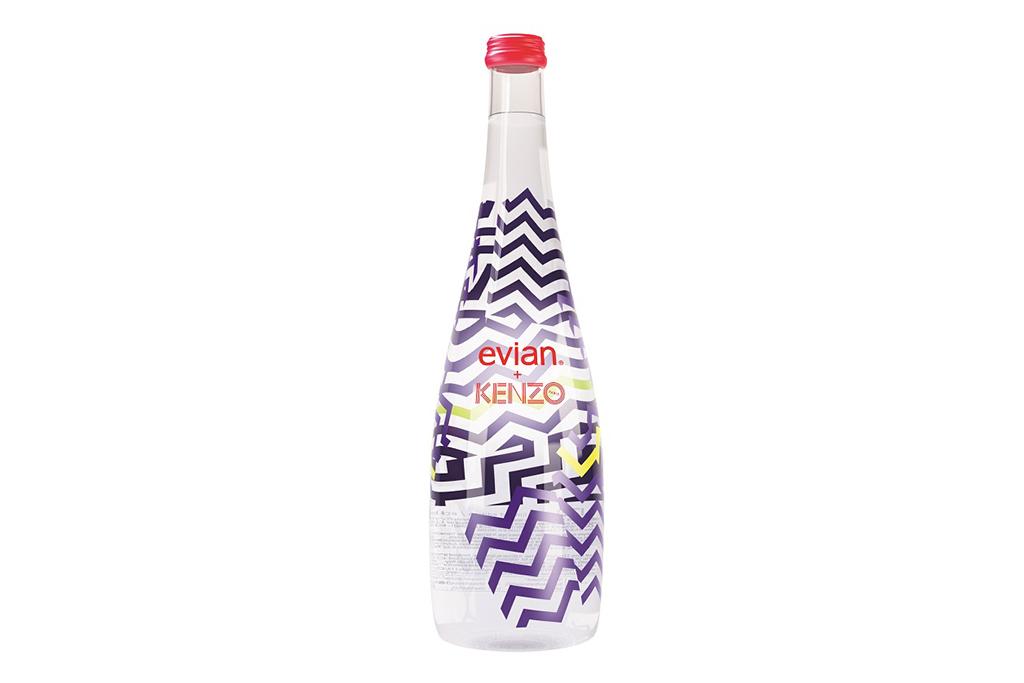 Evian совместно с Kenzo выпустили ограниченную серию бутылок