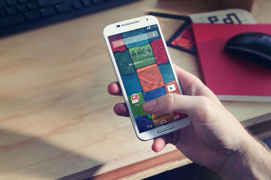 Обновленный смартфон Motorola Moto X
