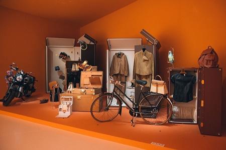 Выставка кожаных изделий от Hermès в Гонконге