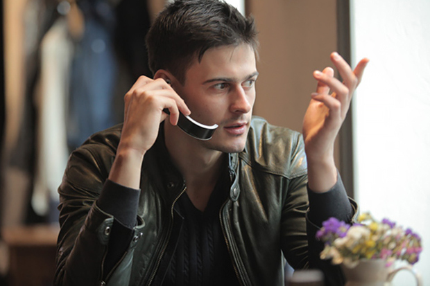 """.klatz - """"умный"""" браслет и беспроводная гарнитура для смартфона"""
