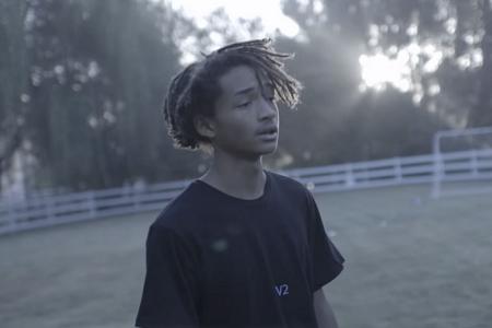 Новый клип Джейдена Смита на песню «Blue Ocean»