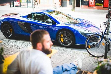 Скоростной автомобиль и быстрое питание от Heldth
