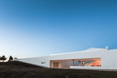 Современный дом Pe No Monte Rural Tourism от [i]da arquitectos
