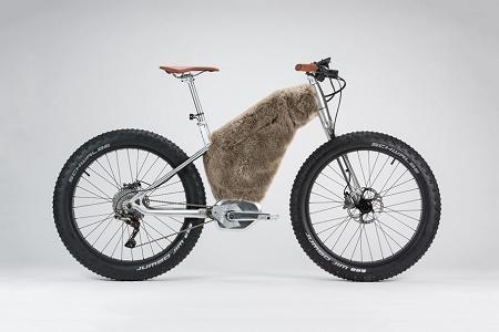 Филипп Старк и Moustache Bikes создали коллекцию электрических велосипедов