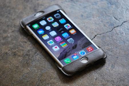 Кожаный чехол для iPhone 6 и 6 Plus от Roberu