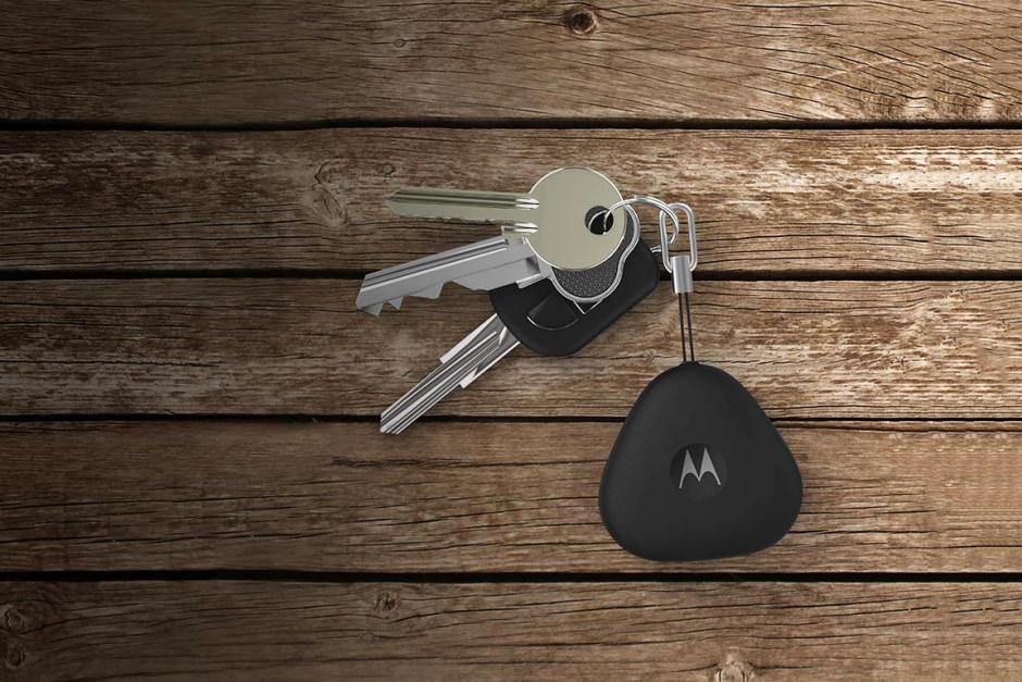 Motorola представила «умный брелок» — Motorola Keylink