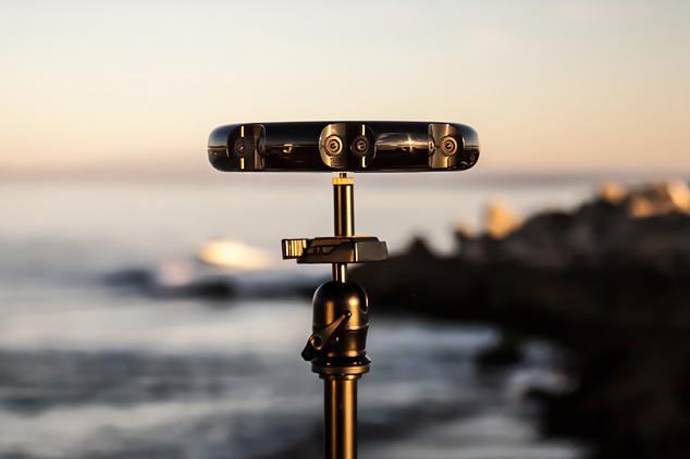 Samsung анонсировала 3D-камеру, снимающую на 360 градусов