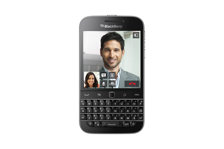 BlackBerry представила смартфон Classic с QWERTY-клавиатурой