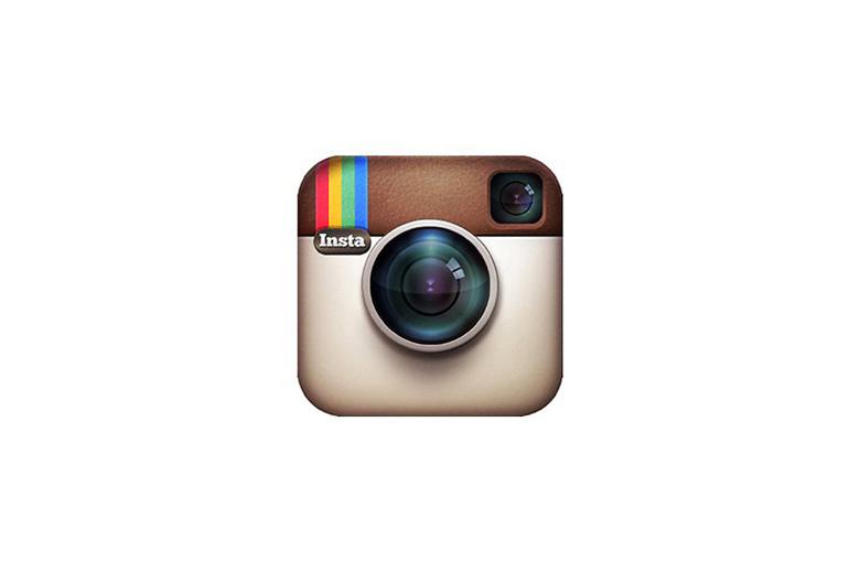 Instagram начал тестировать рекламные галереи из нескольких фотографий