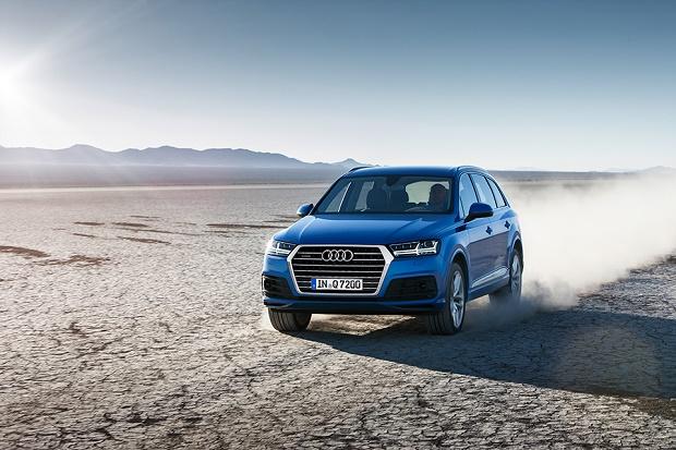 Компания Audi начала прием заказов на новый Q7