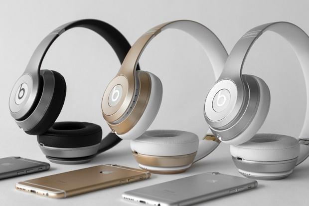 Apple представила беспроводные наушники Beats Solo2 в цветах iPhone