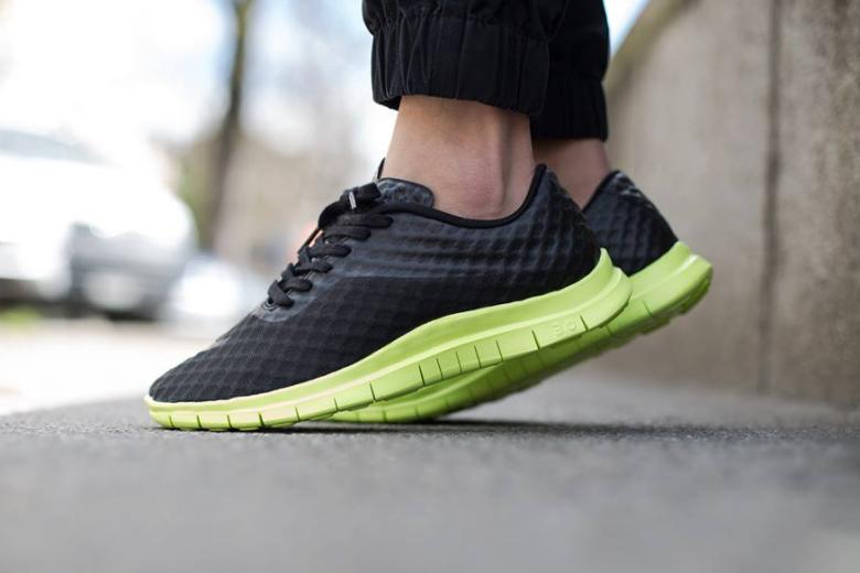 Кроссовки Nike Free Hypervenom Low Black/Volt