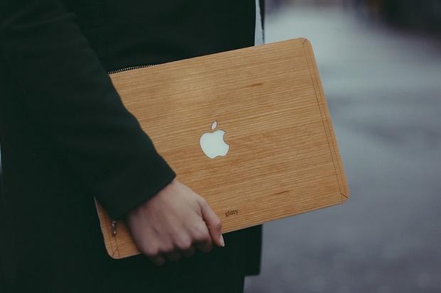Glitty представила деревянные чехлы для Macbook