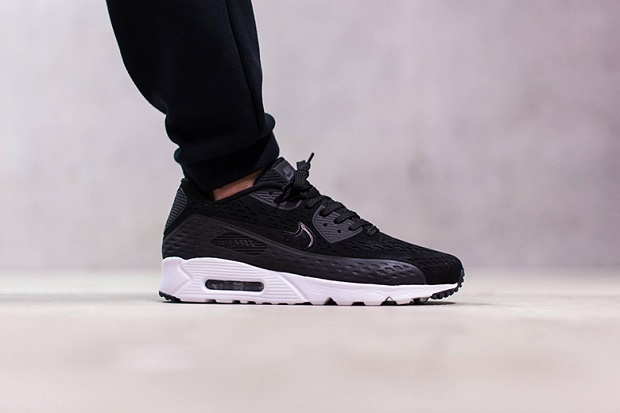 "Кроссовки Nike Air Max 90 Ultra Breeze ""Black"""