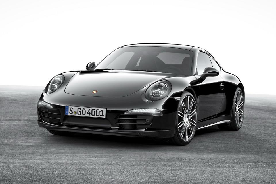Porsche 911 Carrera и Boxster получили версию Black Edition