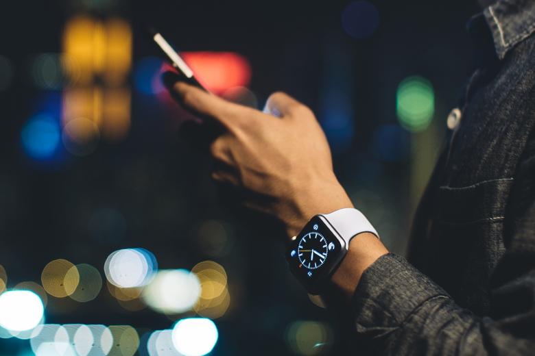 Стоимость компонентов часов Apple Watch меньше $84