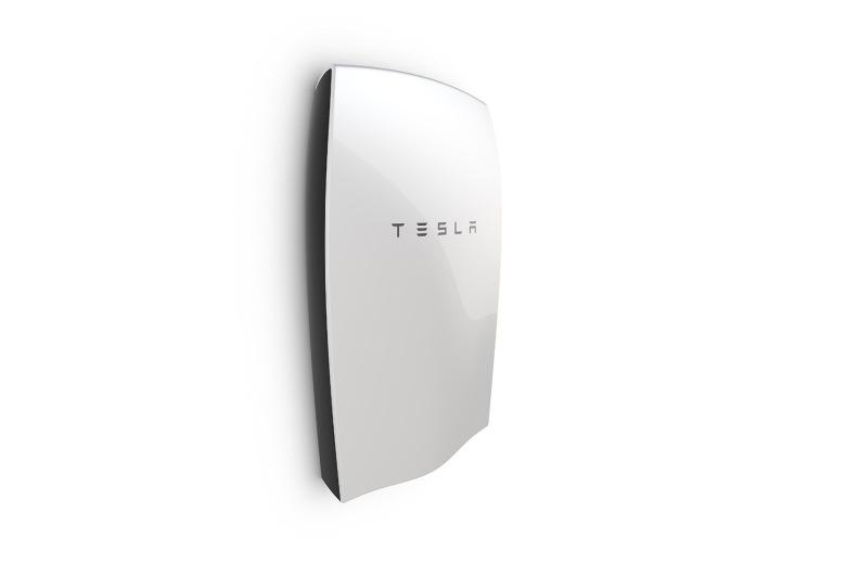 Tesla представила домашний аккумулятор Powerwall