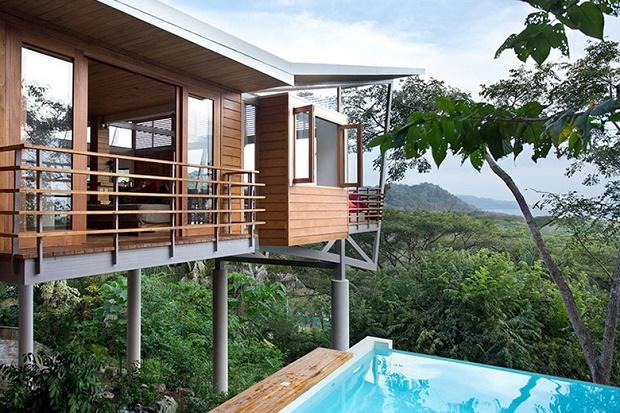 Дом Casa Flotanta в тропическом лесу над Тихим океаном в Коста-Рике