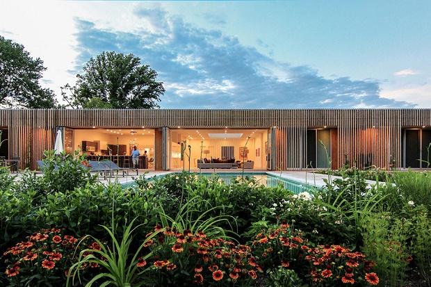 Meadow House от Office Mian Ye: сочетание внешнего пространства с уютным интерьером