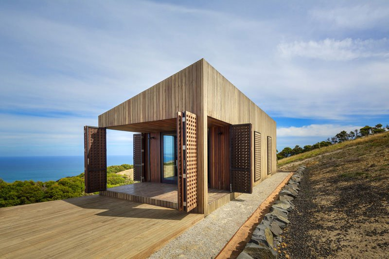 Частный дом Moonlight Cabin по проекту бюро Jackson Clements Burrows Architects