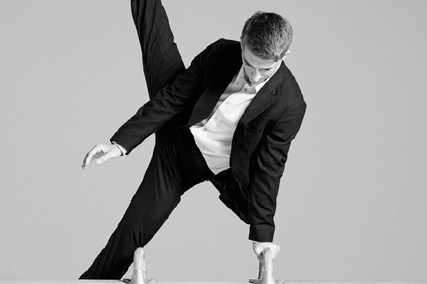 Paul Smith создал мужской костюм для путешествий A Suit to Travel In