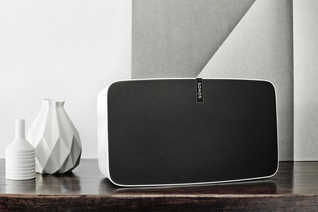 Беспроводная колонка Sonos Play:5 вышла в новом дизайне