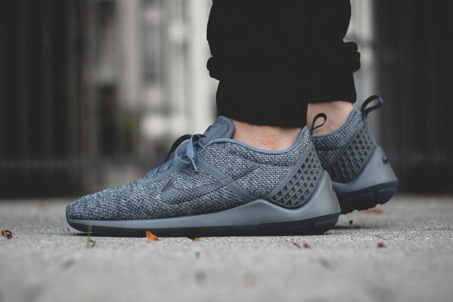 Кроссовки Nike Lunarestoa 2 SE Cool Grey