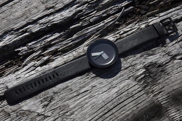 Nomad представили часы Mòltair, разработанные Самуэлем Уилкинсоном