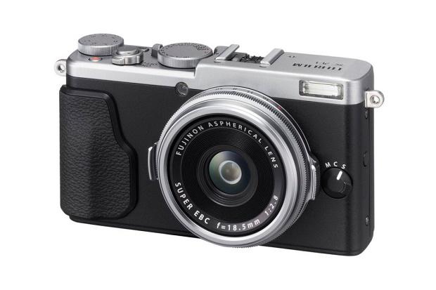 Fujifilm X70 — самая компактная камера X-серии с датчиком формата APS-C