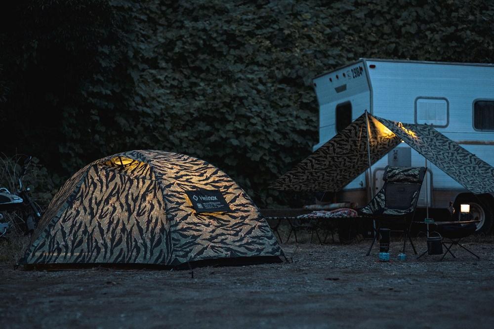 Набор «TIGER» с палатки и туристического оборудования от NEIGHBORHOOD и Helinox