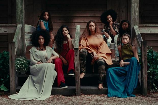 """Подробности эксклюзивного альбома Beyoncé — """"Lemonade"""""""