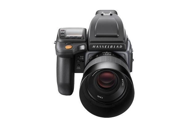 Hasselblad представила среднеформатные камеры H6D-100c и H6D-50c