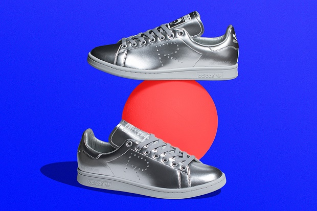 """Модель Stan Smith """"Silver"""" от Raf Simons x adidas Originals появилась в продаже"""