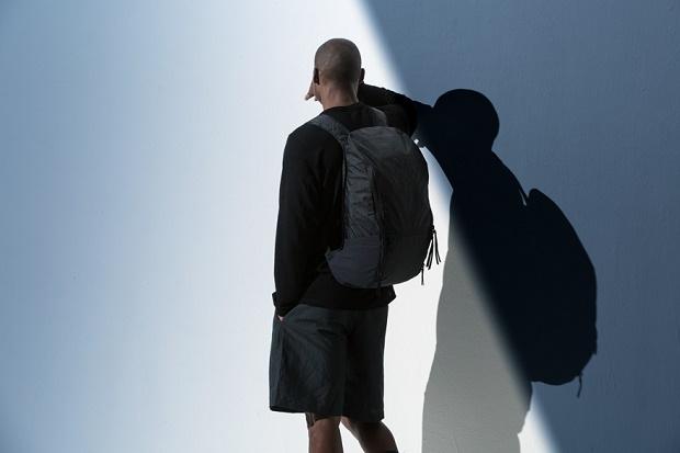 OUTLIER вводят новые сумки Ultrahigh для весенне-летнего сезона 2016