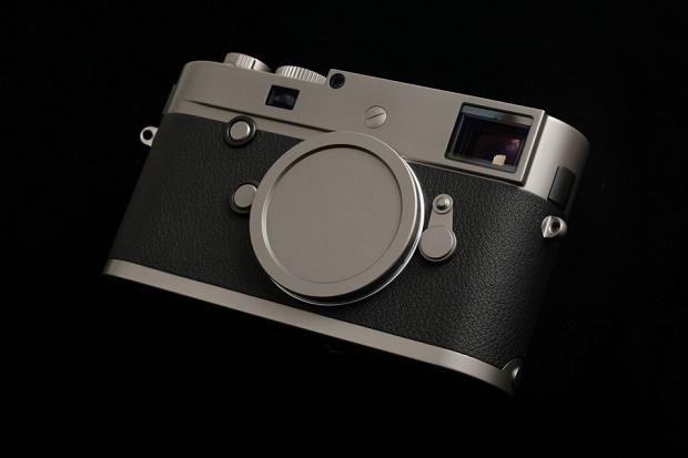 Leica Store Ginza празднует 10-летний юбилей с титановым M-P Typ 240