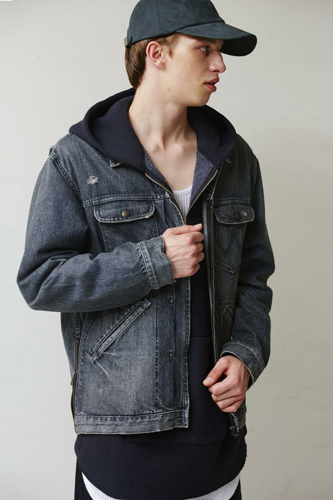 Monkey Time вдохнул жизнь в модную джинсовую куртку Wrangler из 60-х